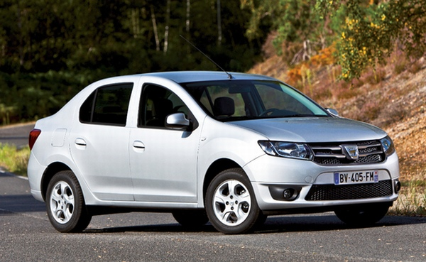 yeni 2013 Dacia Logan on Sedan Savaşı